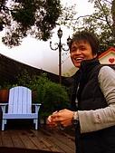 20090314~15三女一男之大吃大喝台中遊記:呵~王先生還滿上相的嘛