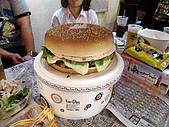 100603小雨生日:阿舅是ham小漢堡叫burger=hamburger