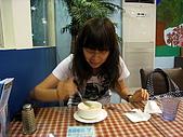 100531歐仕達:喝濃湯之連拍-準備下一口