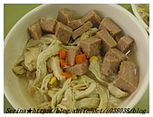 與狗共餐樂融融:人也可以吃的健康營養狗食喔