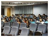 台中朝陽科技大學演講:幾乎都是女同學居多