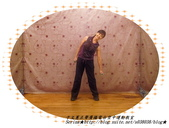 于文蕙正聲廣播電台空中運動教室【第222集】-啞鈴(寶特瓶)側腰X曲線運動。:6.啞鈴(寶特瓶)側腰X曲線運動。