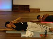 健身房同樂篇:球瑜珈側腰運動~