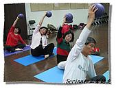 搏感情的正聲聽友瑜珈班(第一期):第一次接觸大家的表現都很棒喔