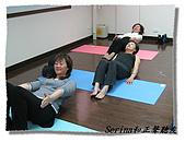 搏感情的正聲聽友瑜珈班(第一期):繼續努力喔