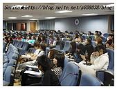 台中朝陽科技大學演講:同學們還在認真聽喔