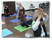 搏感情的正聲聽友瑜珈班(第一期):兩位熟男帥哥