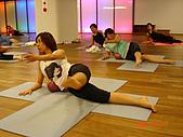 健身房同樂篇:球瑜珈側腰訓練~