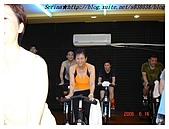 于老師要騎【鐵馬】教課囉VS健身房飛輪朋友080527上傳:這一票常聚餐的朋友