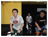 于老師要騎【鐵馬】教課囉VS健身房飛輪朋友080527上傳:據說他們的歌唱的超棒