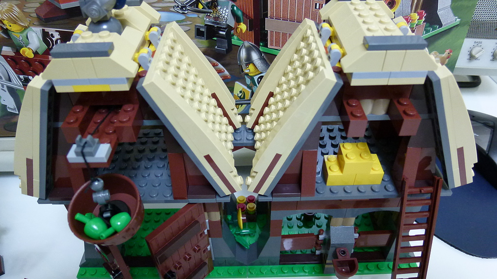 LEGO 7189:P1010936.JPG