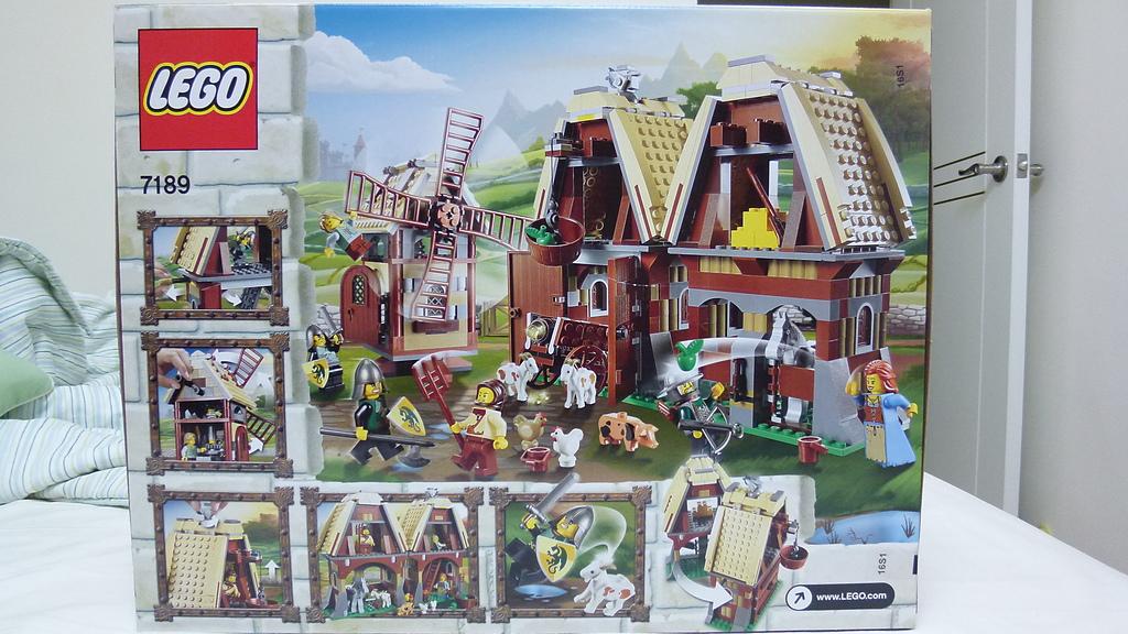 LEGO 7189:P1010927.JPG