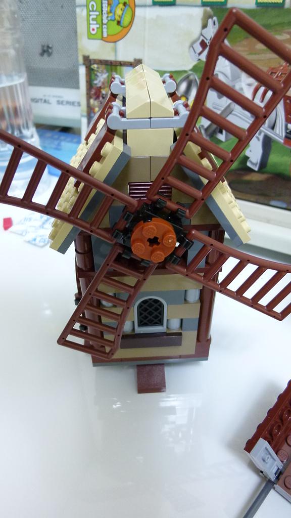 LEGO 7189:P1010937.JPG