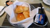 蘇澳瓏山林冷熱泉度假飯店:蘇澳瓏山林冷熱泉度假飯店-輕食餐廳-早餐-歐式麵包.jpg