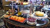 澳門新葡京酒店-米其林三星侯布雄天巢法國餐廳(Robuchon au Dôme):天巢法國餐廳-經典法式甜品車.JPG
