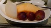 蘇澳瓏山林冷熱泉度假飯店:蘇澳瓏山林冷熱泉度假飯店-輕食餐廳-早餐-時令水果.jpg
