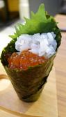 新板特區&板橋大遠百:新板特區-大遠百-魚旨彩日本料理-鮭魚卵手捲.jpg