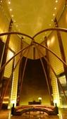 阿拉伯聯合大公國之旅-Armani Hotel Dubai(亞曼尼設計大師全球首家飯店):杜拜-Armani Hotel Dubai-飯店大廳3.jpg