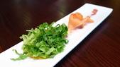 台北花園大酒店-花園日本料理:燻鮭魚親子沙拉1.jpg