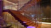 台北W飯店 & Joyce East 義大利餐廳:W Hotel Taipei-樓梯造型.jpg