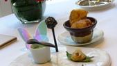 巴黎Le Bristol Paris Hotel-EPICURE米其林三星法式餐廳:EPICURE米其林三星法式餐廳-主廚小菜1.JPG