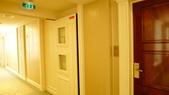 巴黎香格里拉大酒店(Shangri-La Hotel Paris)+米其林二星L''Abeille:巴黎香格里拉大酒店(Shangri-La Hotel, Paris)-埃菲爾塔景露台客房.JPG