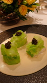 巴黎香格里拉大酒店(Shangri-La Hotel Paris)+米其林二星L''Abeille:巴黎香格里拉大酒店-L''Abeille米其林二星法式餐廳-紅刺龍蝦配甘藍菜+OSCIETRA魚子醬