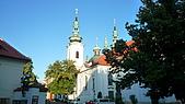 德國捷克奧地利之旅:53.餐廳外的教堂.jpg