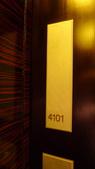 香港四季酒店(Four Seasons H.K)+米其林三星龍景軒+米其林二星CAPRICE:香港四季酒店(Four Seasons Hotel Hong Kong)-尊貴海景客房.JPG