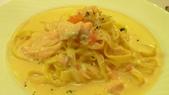 TRASTEVERE義大利餐廳:SOGO復興館 TRASTEVERE義大利餐廳-茄汁奶油煙燻鮭魚手工寬麵.jpg