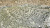 法國之旅--亞爾-嘉德水道古橋-蒙佩利爺:亞爾-古羅馬劇院3.JPG