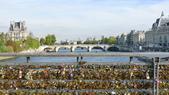 法國巴黎:法國巴黎-塞納河-愛情鎖藝術橋.JPG