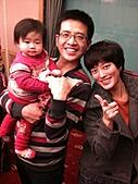 2011-大年初一 陽明山踏青&天成飯店晚宴:帥氣的姑姑.jpg