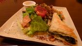 HABIBI埃及餐廳:蘇梅沙拉&菠菜起司酥.jpg