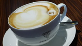 義大利之旅-佛羅倫斯:佛羅倫斯-GUCCI博物館-拿鐵咖啡.JPG