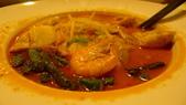 南洋小檳城料理:娘惹咖哩拉薩海鮮米麵.jpg