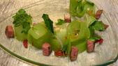 曼谷Sra Bua by Kiin Kiin泰式餐廳-(2014年亞洲最佳50餐廳第21名):曼谷Sra Bua by Kiin Kiin泰式餐廳-涼拌黃瓜沙拉烤番茄配和牛.JPG
