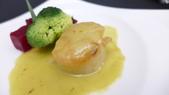 頂鮮101美食美景餐廳:頂鮮101美食美景餐廳-煎干貝佐甜菜根.JPG