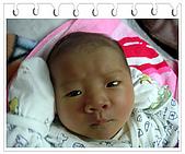 成長日記:2008/02/20 台南.西門路.3F房內