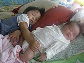 恬恬與妹妹的合照:CIMG5183