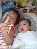 恬恬與妹妹的合照:CIMG5287