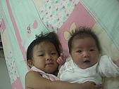恬恬與妹妹的合照:CIMG5211