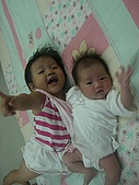 恬恬與妹妹的合照:CIMG5216