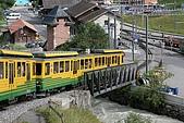 2009.07.05少女峰:登山電車出發囉.JPG
