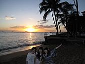 2月ALOHA~:威基基的夕陽好美阿!