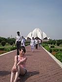 九月抓飛印度蓮花寺:感覺要通往一個聖地~