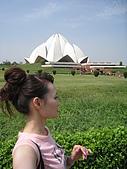 九月抓飛印度蓮花寺:這也是自拍喔,很無聊吧我^^