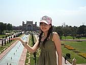 九月抓飛印度蓮花寺:從上面看花園也好美喔