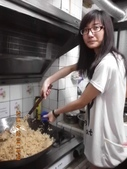 2012-06-22 端午包粽&紙工藝:20120622包粽子 (2).jpg