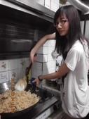 2012-06-22 端午包粽&紙工藝:20120622包粽子 (3).jpg